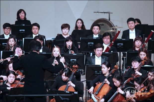 ▲ 말러의 교향곡 제1번 라장조 '거인' 연주