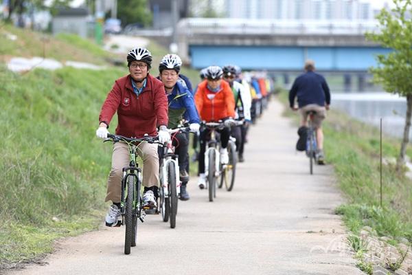 ▲ 부천 자전거 산책 500리길 자전거 라이딩
