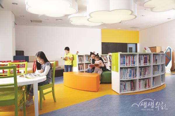 ▲ 한국만화도서관 아동 열람실