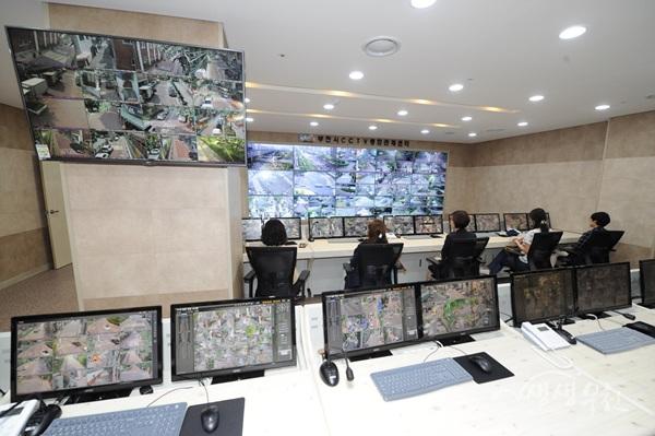 ▲ 부천시 CCTV통합관제센터 내부 전경
