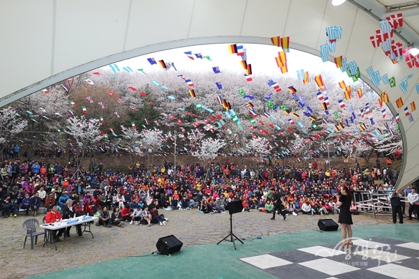 ▲ 지난해 도당산 벚꽃축제 모습