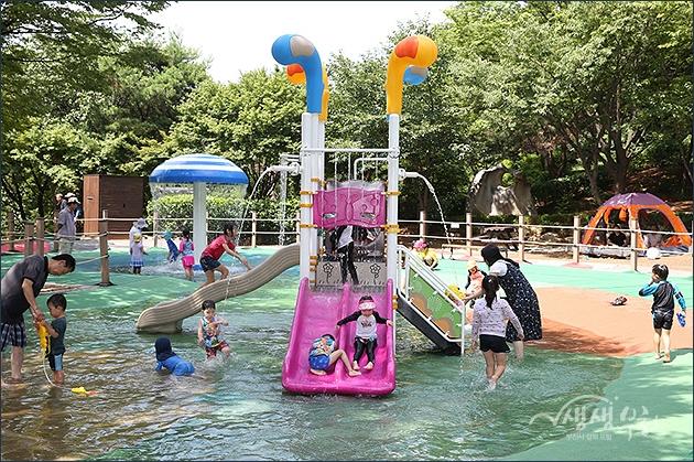 ▲ 도당공원