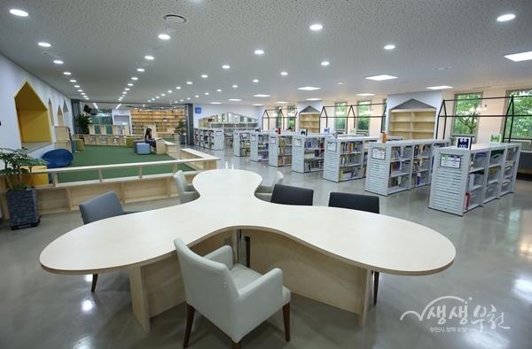 ▲ 오정도서관 2층 아동자료실 전경
