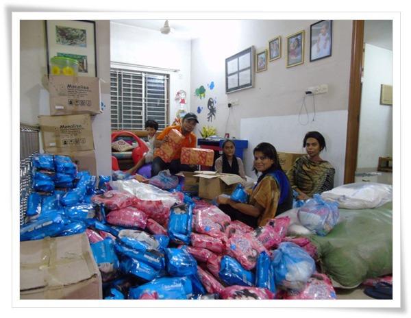 ▲ 로항야족에게 전달한 긴급생활물품 포장모습