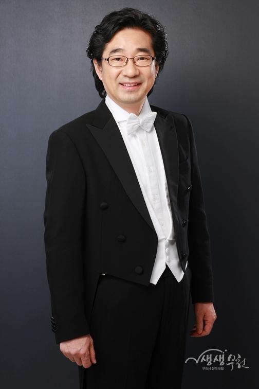 ▲ 부천시립합창단 조익현 상임지휘자