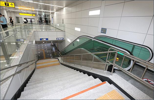 ▲ 서해선(소사-원시) 복선전철 소사역 내부