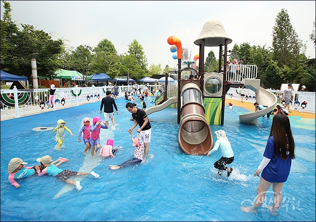 ▲ 남부수자원생태공원 물놀이장