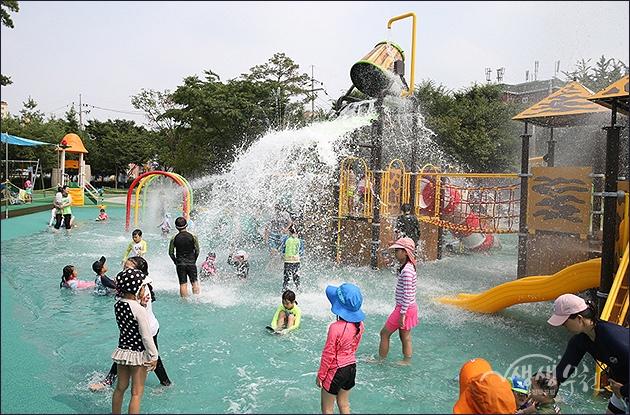 ▲ 수주어린이공원 물놀이장