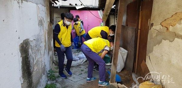 ▲ 소사본동, 쓰레기 불법투기지역 일제 정비 실시