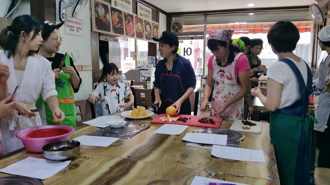 ▲ 지역 주민들과 함께하는 공개강좌 모습