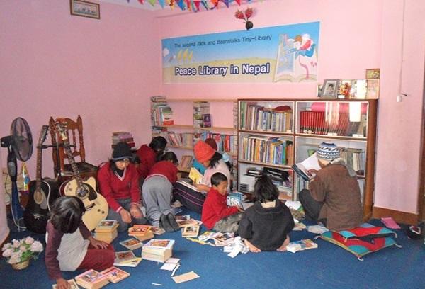 ▲ 잭과 콩나무가 네팔에 세운 작은도서관 모습
