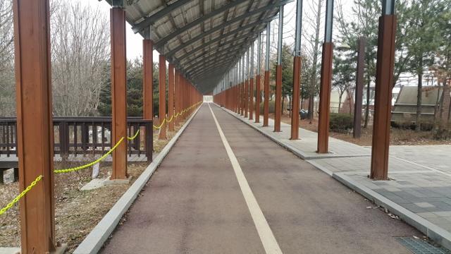 ▲ 공원 내 자전거 도로