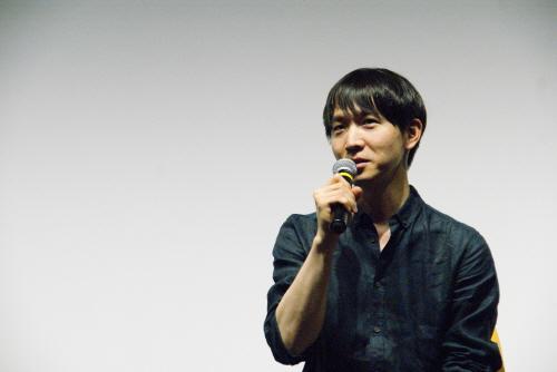 ▲ 영화 '김군'의 강상우 감독이 관객의 질문에 답하고 있다.