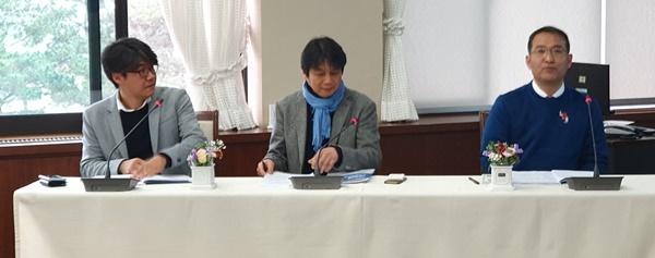 ▲ 세션 1.  좌측부터 라준영 교수, 배윤수 본부장, 조인검 공동대표