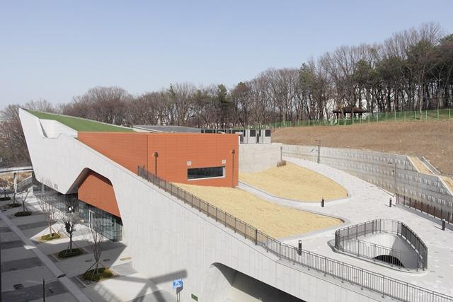 ▲ 부천시립박물관 통합관 전경